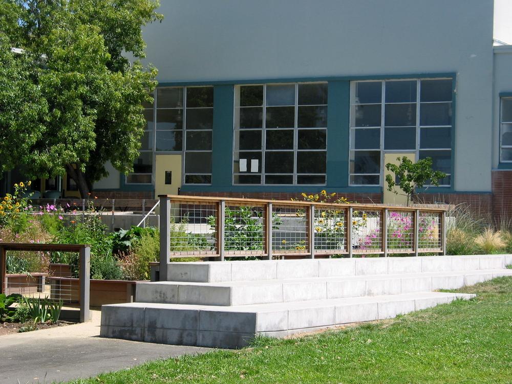 Leconte Garden.JPG