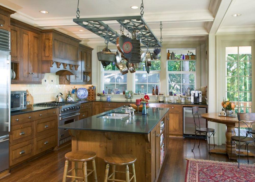 2005.34-05 compressed Ruebel kitchen.jpg