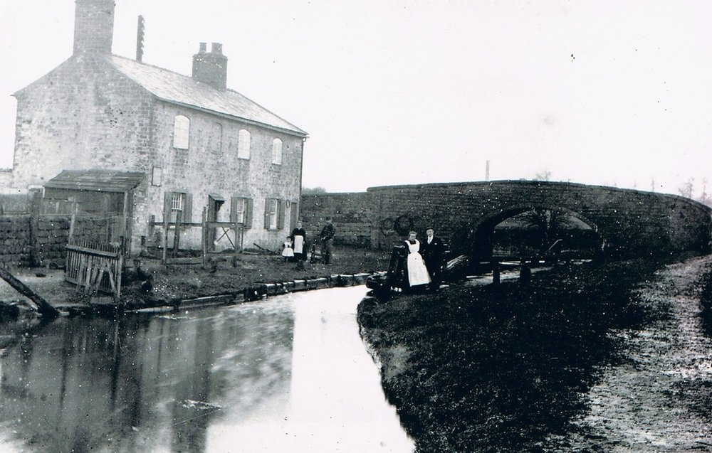 history - Look back in time at the Furnace and it's previous inhabitants and the manyuses of the Ashby canal during the industrial revolution when coal was king.