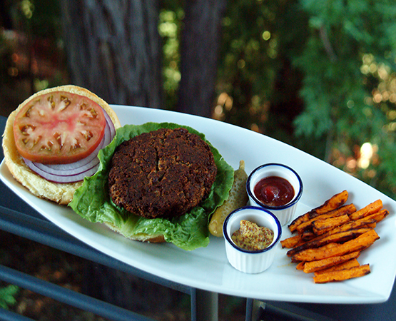 Mushroom Sun Burger w/ Smokey Sweet Potato Chili Fries