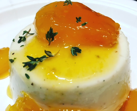 Vanilla Bean Panna Cotta w/Vouvray Apricots & Thyme