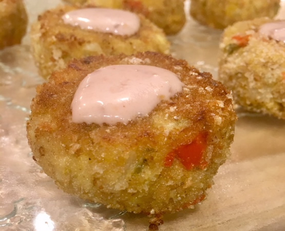 Hearts of Palm & Artichoke Crab-less Cakes with Horseradish Aioli