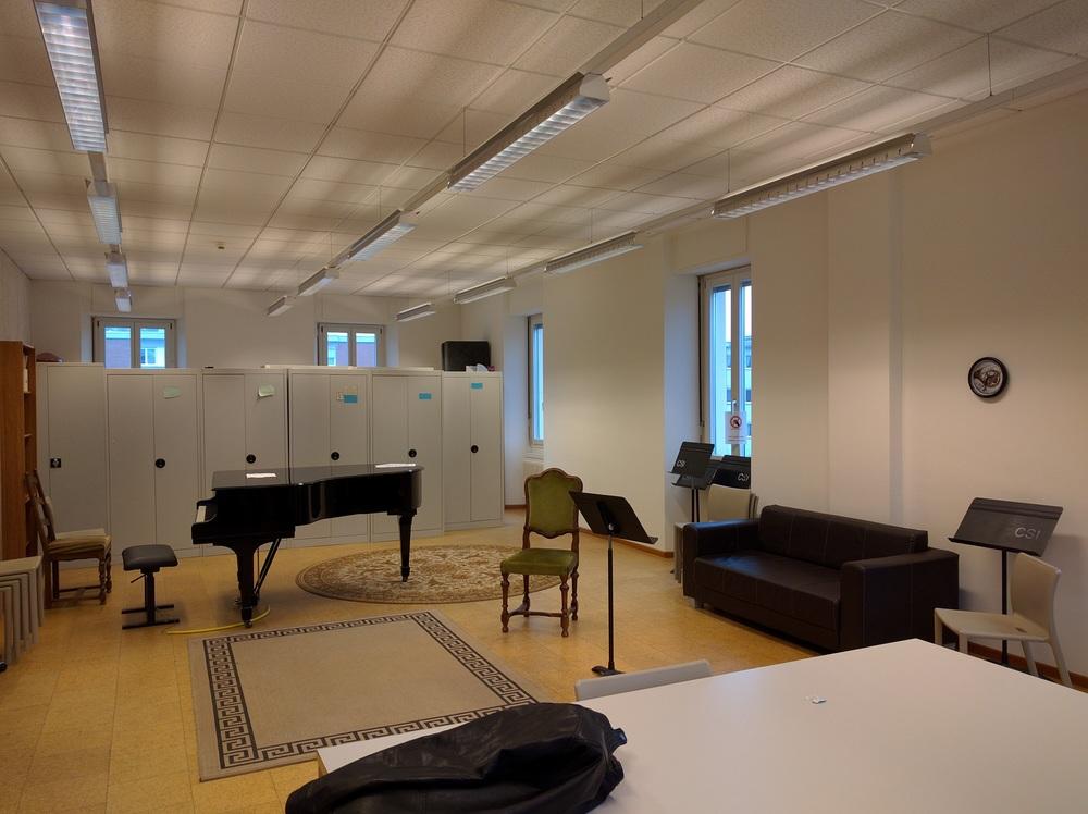 Horn Studio Room