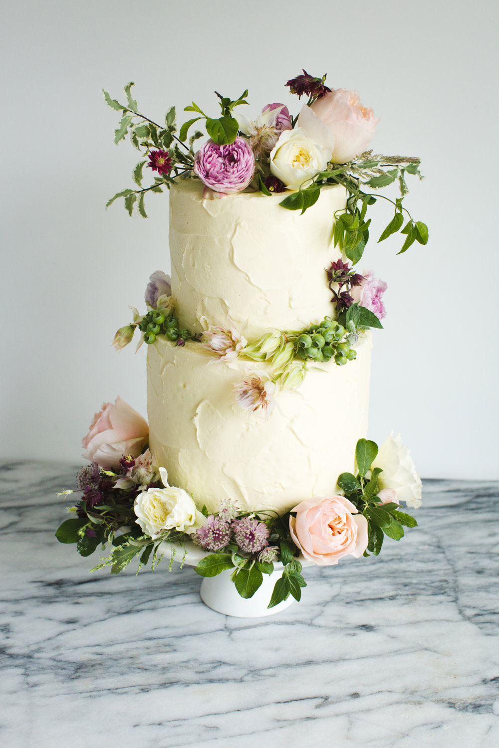 Floral textured buttercream wedding cake Photo by http://paperandprimrose.com/