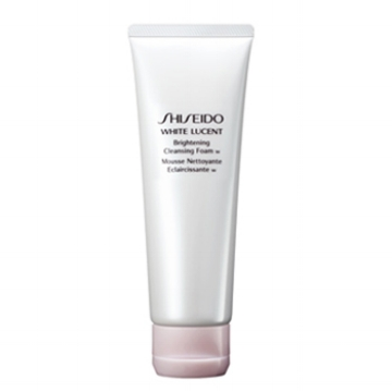 Shiseido White Lucent Brightening Cleansing Foam- super foamy and luscious on the skin.