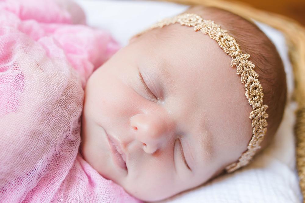 Emily Harmon | Newborn-29.jpg
