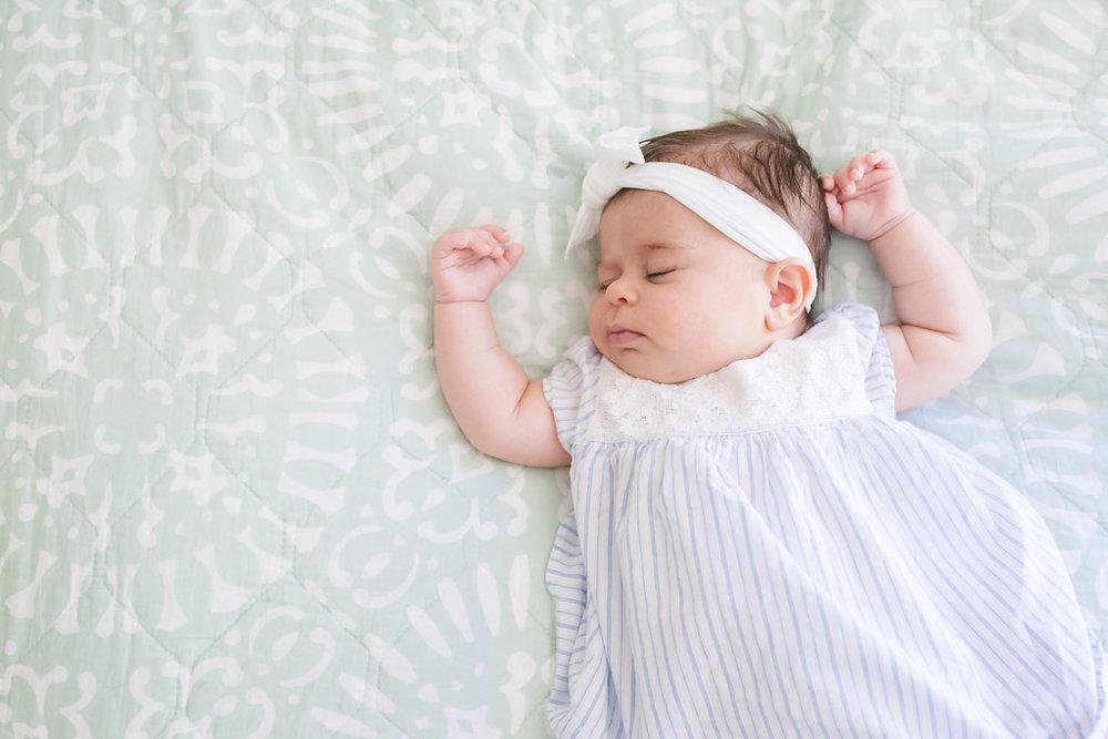 Elle_Newborn-29.jpg