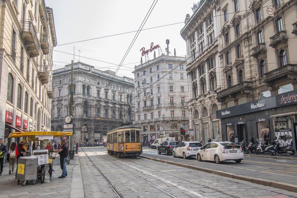 milan streets-3.jpg