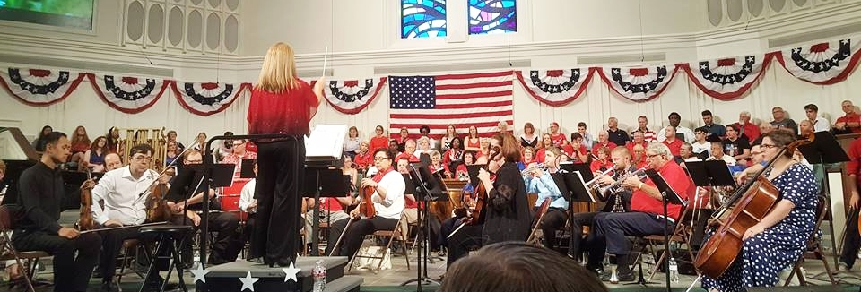 Robin Kaufman Anderson directed a magnificent performance on Tuesday, July 4 at FUMC Plano's annual Patriotic Pops concert.