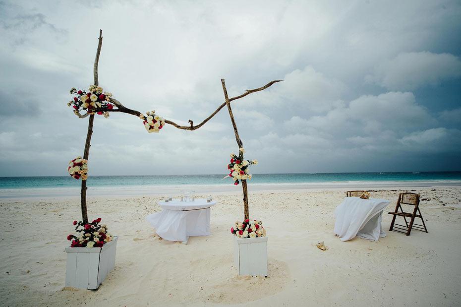 Harbour-Island-Wedding-15.jpg