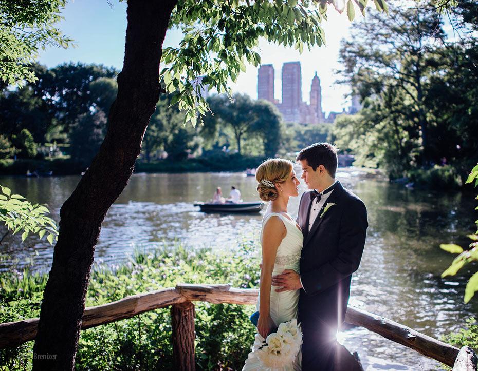 Central-Park-Boathouse-Wedding-016.jpg