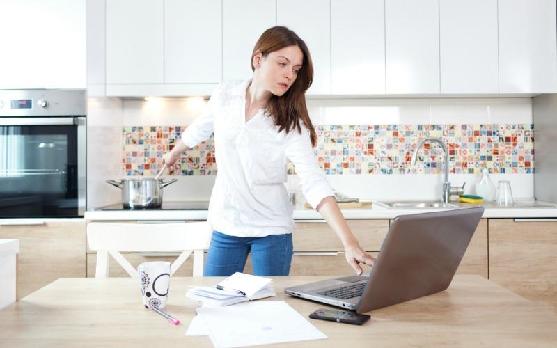 busy-woman-800x500.jpg