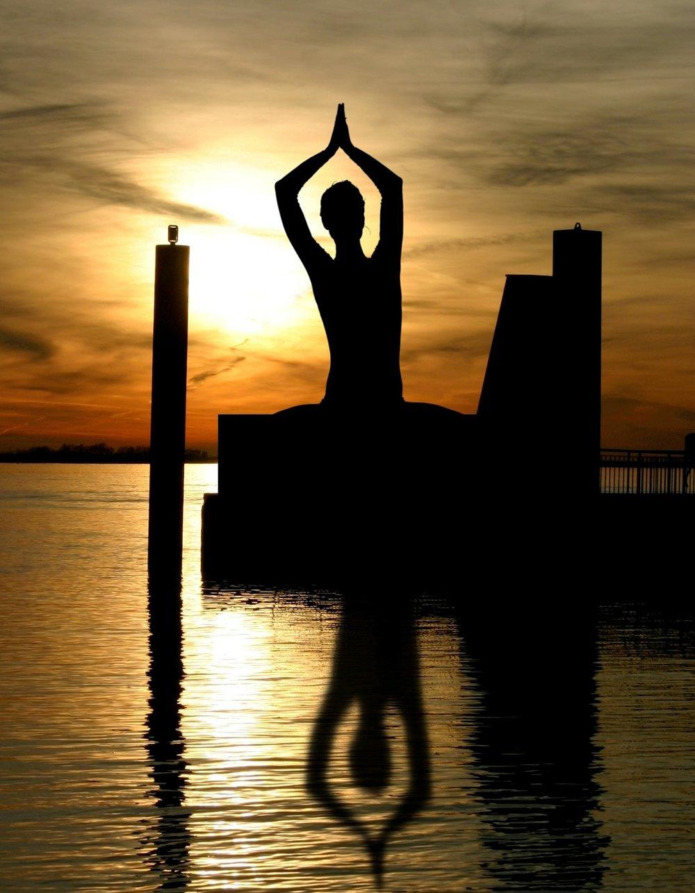 meditation-338446_1920.jpg