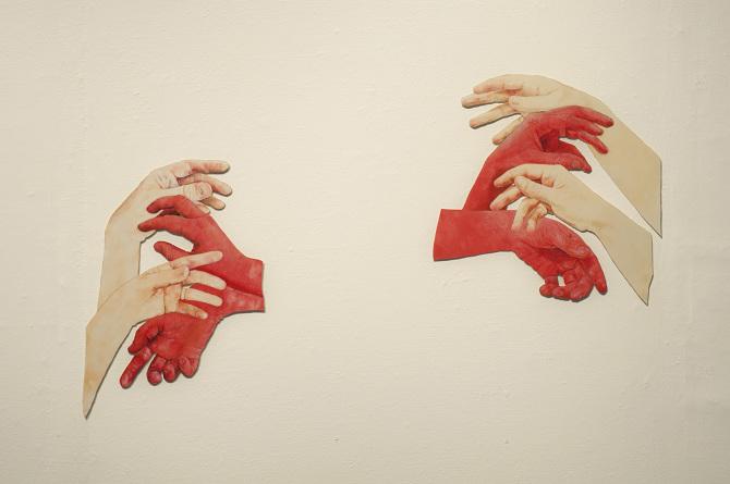 hands_670.jpg