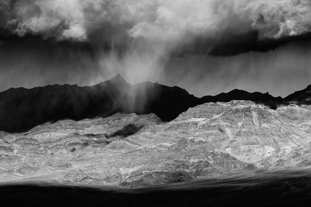 Virga over the Armagosa Range