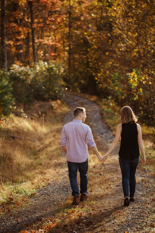 Charlottesville-Fall-Engagement_016.jpg
