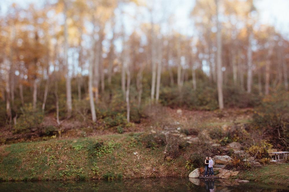 Charlottesville-Fall-Engagement_023.jpg