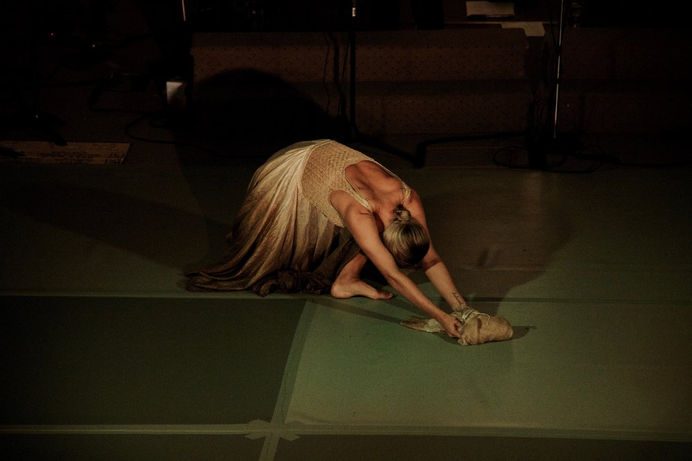 Dancer Linnea White in Psalm 45 (The Wedding Song) from the album  fire in the night.