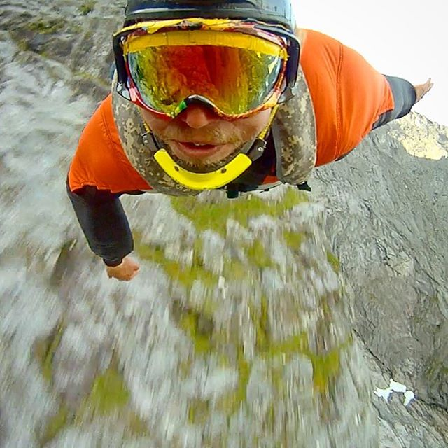 It's with a sad heart that we received the news of Alexander Polli's death. One of the most progressive and influential base jumpers, Polli will be missed for his kind spirit and friendliness. We will miss you mate #FlyForever