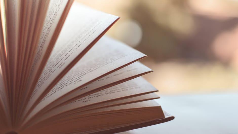 30Fifteen Read a book