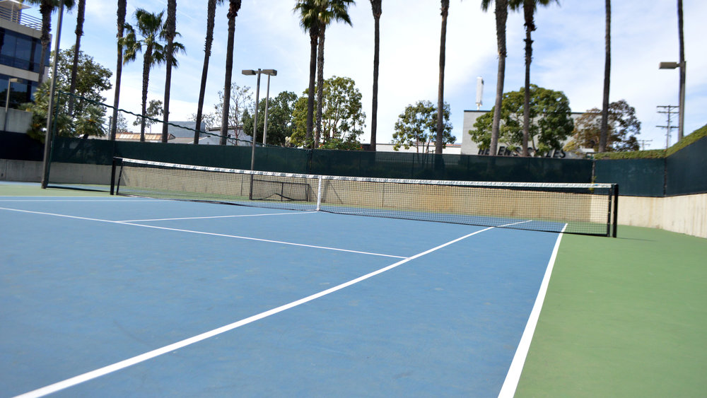 30Fifteen differences between tennis courts