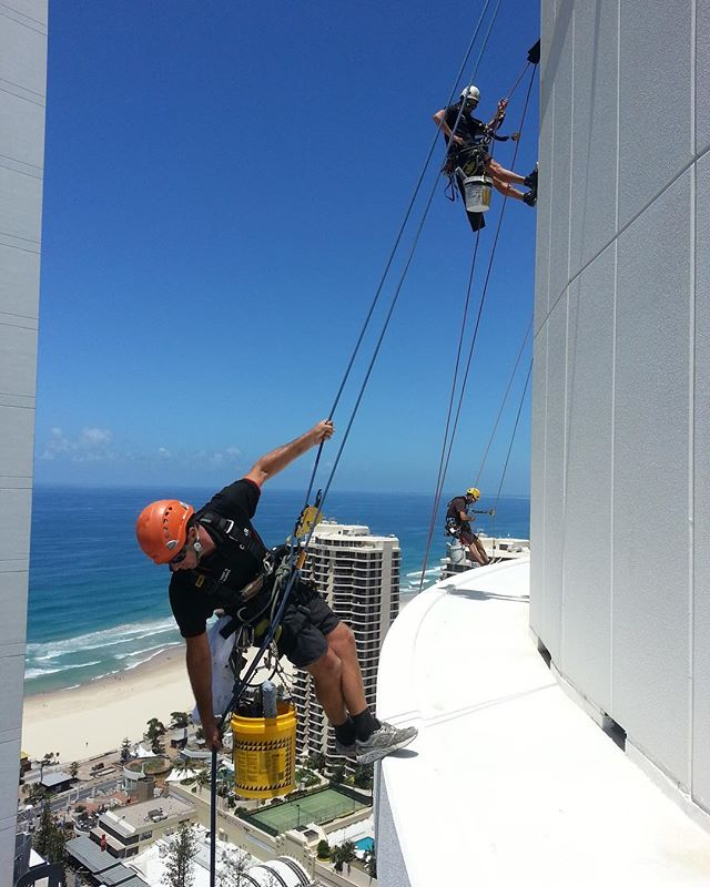 Another perfect day on the coast.  #surfersparadise #ropeaccess #abseiling