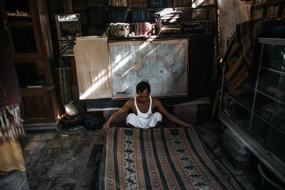 Bali Weaving Village-15.jpg