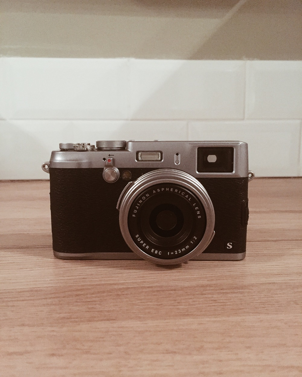 My new (used) Fuji X100S. SO PRETTY.