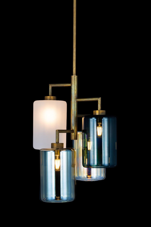 brandvanegmond_Louise-standard-model-hanginglamp_brass-burnished-finish_LO4BRBUR-STANDARD_black-background.jpg