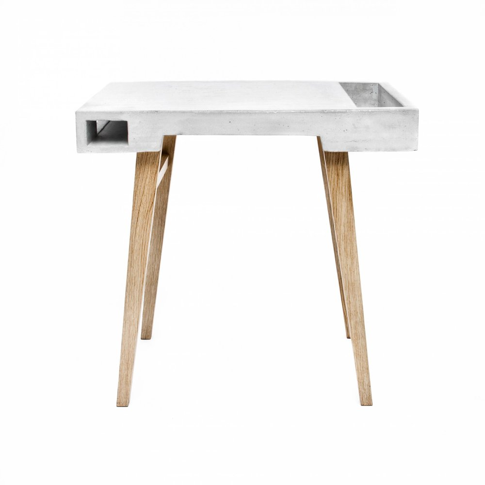 Sigurd-Larsen-Concrete-Table_-danish-design-berlin-beton-tisch-by-GeorgRoske-009-1100x1100@2x.jpg