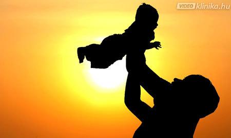 """Ef 6,1-4: Gyermekek! Engedelmeskedjetek szüleiteknek az Úrban, mert ez a helyes. """"Tiszteld apádat és anyádat"""": ez az első parancsolat, amelyhez ígéret fűződik, mégpedig ez: """"hogy jó dolgod legyen, és hosszú életű légy a földön."""" Ti apák pedig ne ingereljétek gyermekeiteket, hanem neveljétek az Úr tanítása szerint fegyelemmel és intéssel."""