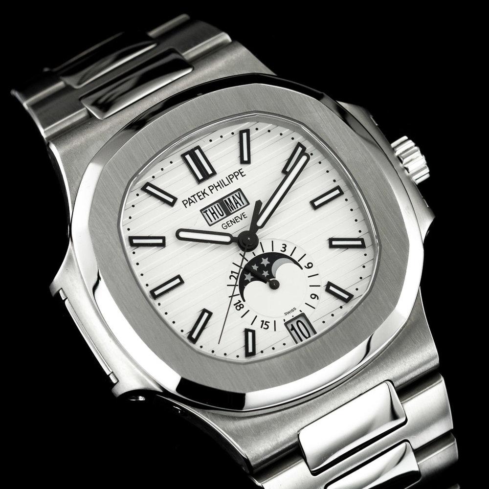 patek+-+philippe+-+nautilus+-+5726-1A-010+-+regal+-+time+-+london+-+dealer2.jpg