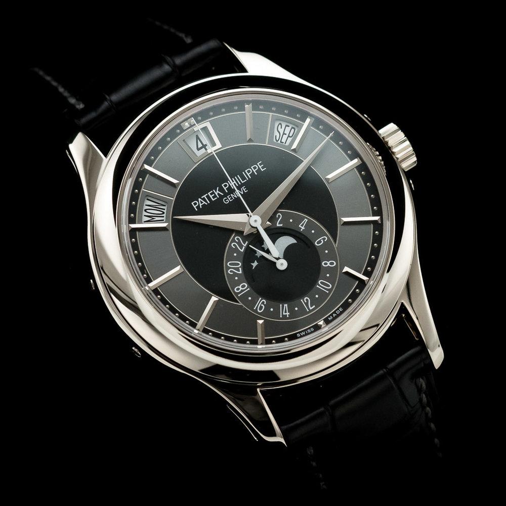 02_regal-time-patek-philippe-annual-calendar-5205g-london-02.jpg