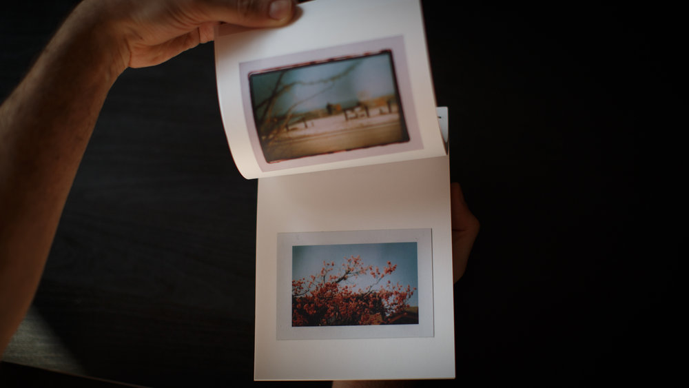 livro_ponte_dourada_sobre_rio_noturno-4.jpg