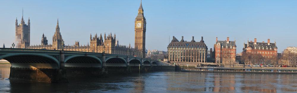 london-bridge-panoramic.jpg
