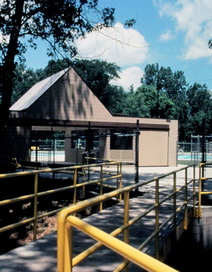 1976 - TUTTLE PARK POOL