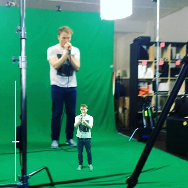 Live on stage right now @darceyout and mini @darceyout #livear #firstage #augmentedreality