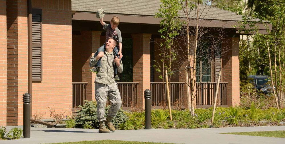 home-carousel-helping-military-families.jpg