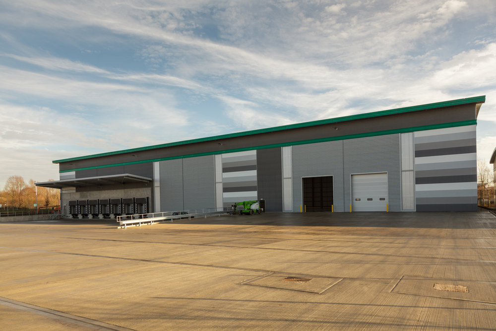Prologis-Park-West-London_DC1_External_0006_141216.jpg