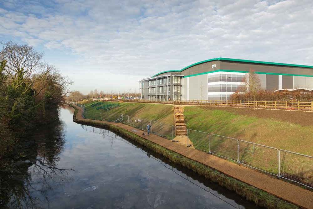 Prologis-Park-West-London_DC2_External_0001_141216.jpg