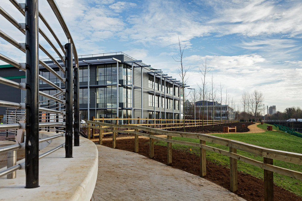Prologis-Park-West-London_DC2_External_0014_141216.jpg