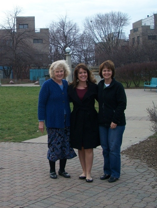 Ellen (center) with her mother and sister