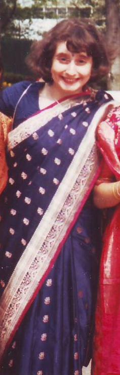 suzanne in sari