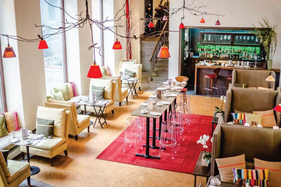Auberge Saint-Antoine - Le Thé à la Mode: De retour pour une deuxième édition!Voir.ca / September 2015