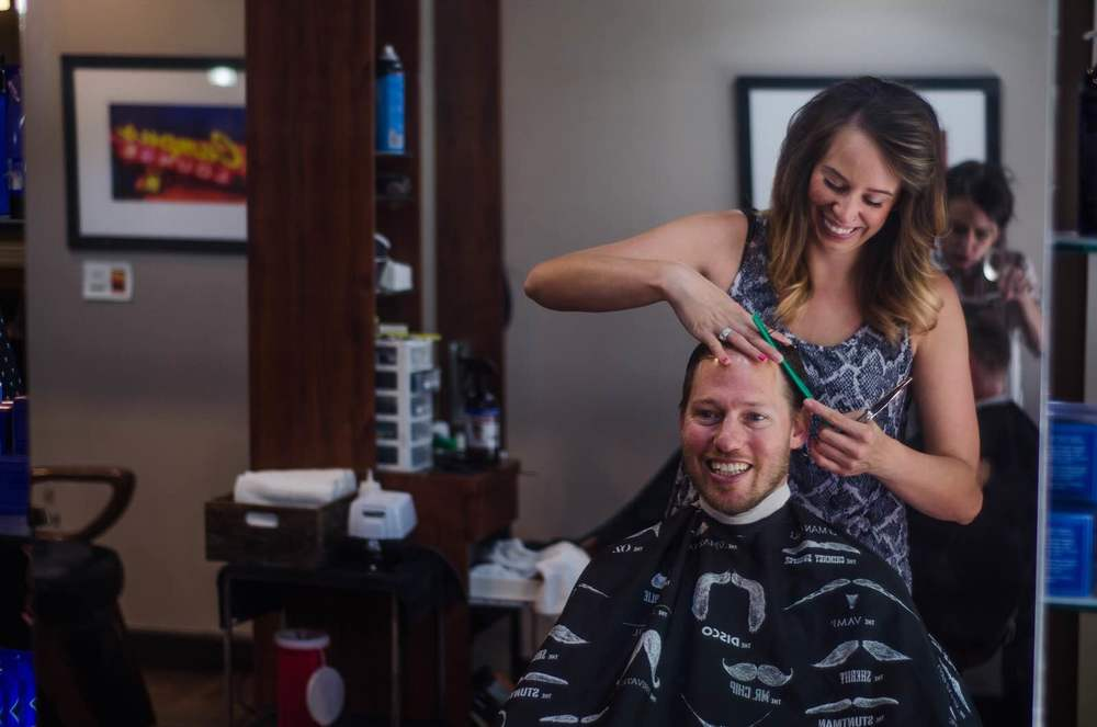 Lauren giving awesome mens haircuts