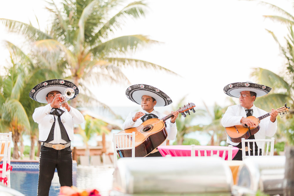 Mariachi band performing at the Pool Scouts convention in Mexico