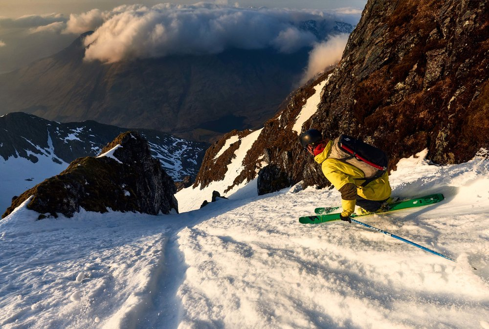 Rob charging towards the narrows in Stob Coire nam Beith's Summit Gully. You can either go left or right of this big rock fin on the left, one of many variation options in this line that would make it worth going back for a second time!
