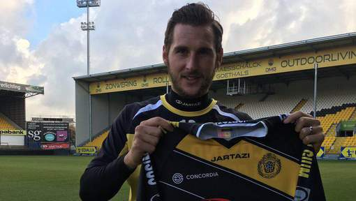 Gary Martin unveiled as a KSC Lokeren player