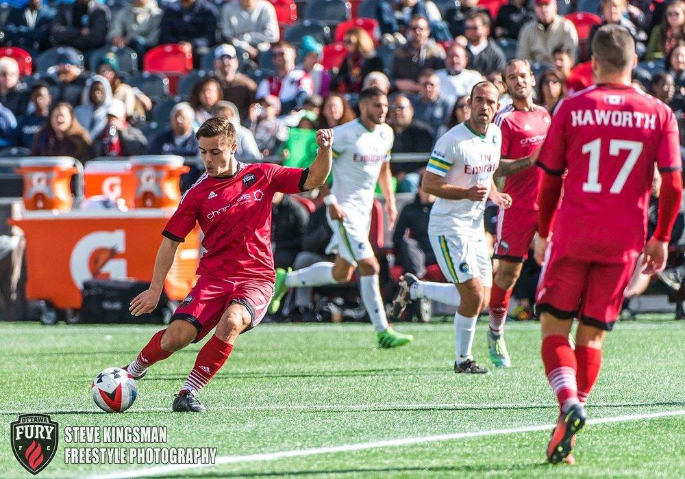 Williams striking a free kick for Ottawa Fury