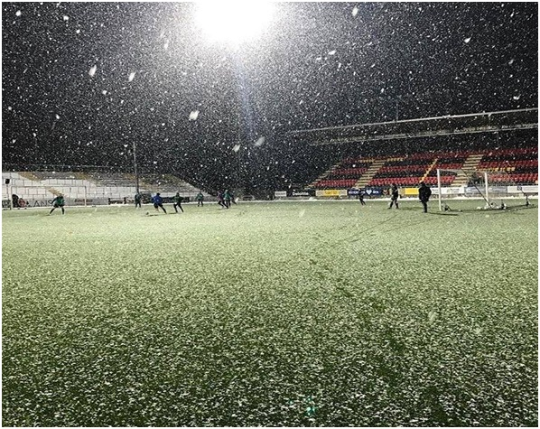 Winter training under the lights at the Jamtkraft Arena